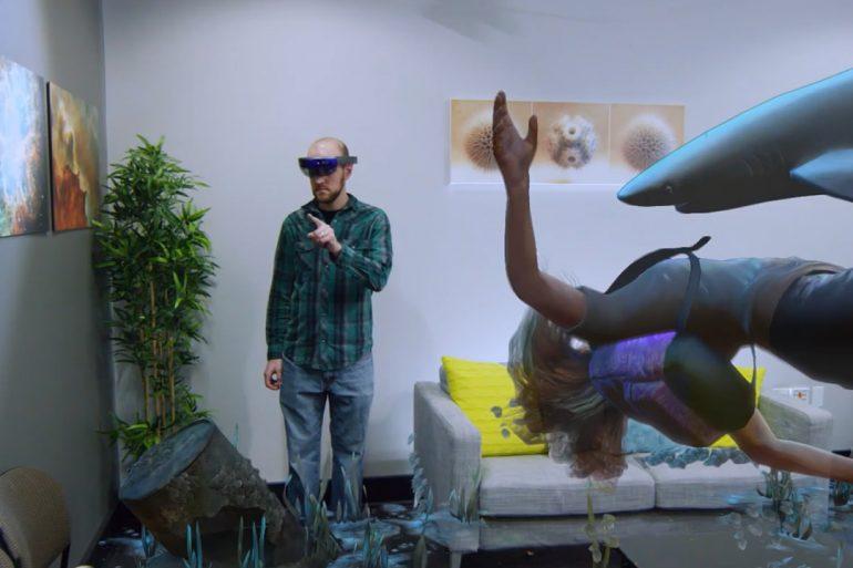 Fragments - HoloLens